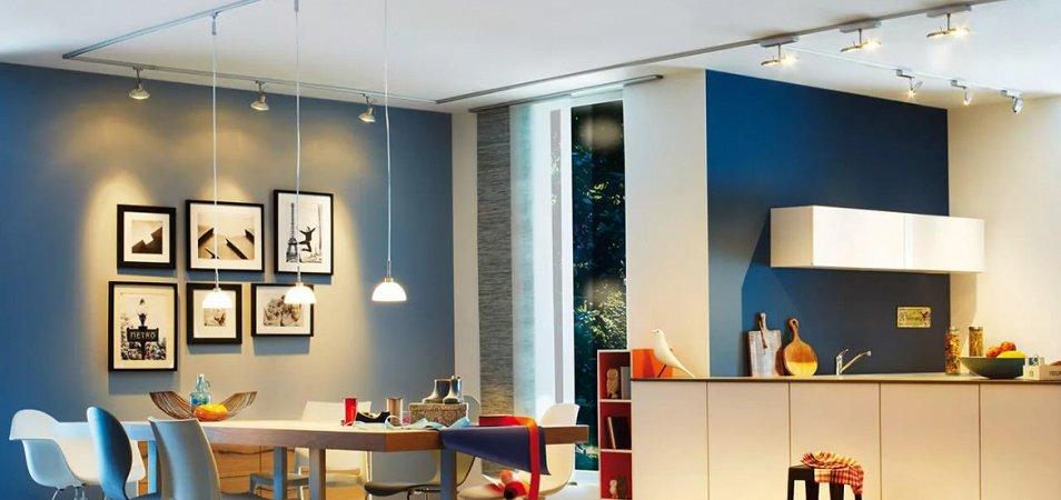 Споты – оптимальный вариант для натяжного потолка