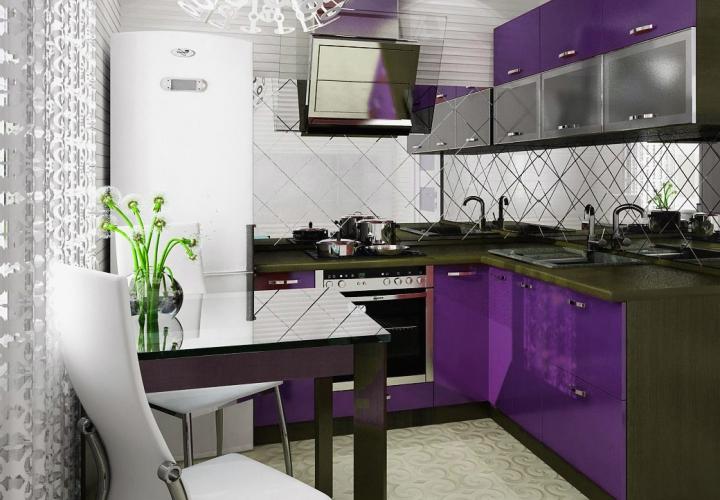 Яркая кухня в фиолетовом цвете