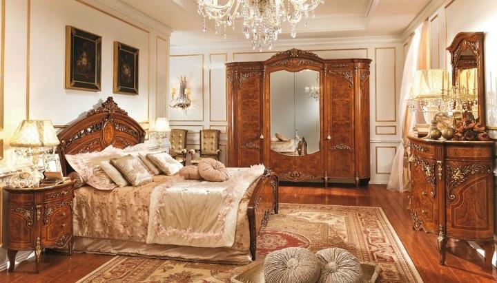 Резная мебель в стиле классика