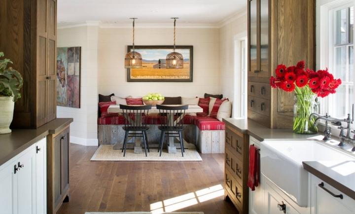 Темный ламинат в интерьере кухни-столовой
