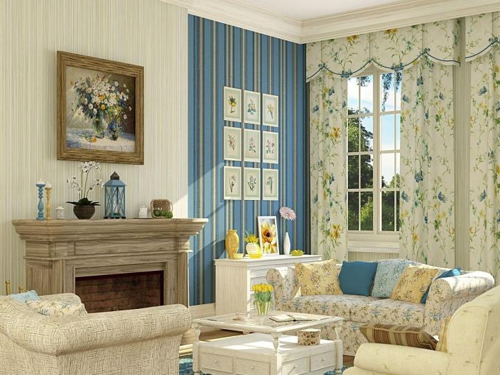 Гостиная в стиле прованс с синей акцентной стеной декор