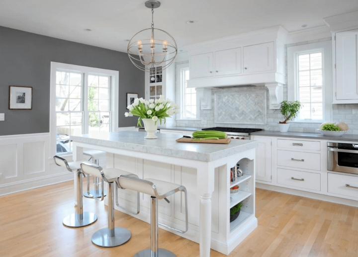 Белая кухня в островком