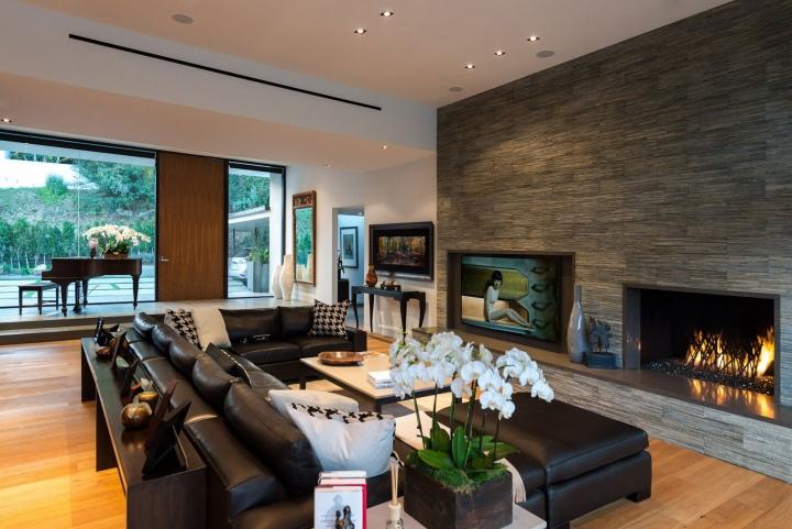П-образный диван в интерьере гостиной