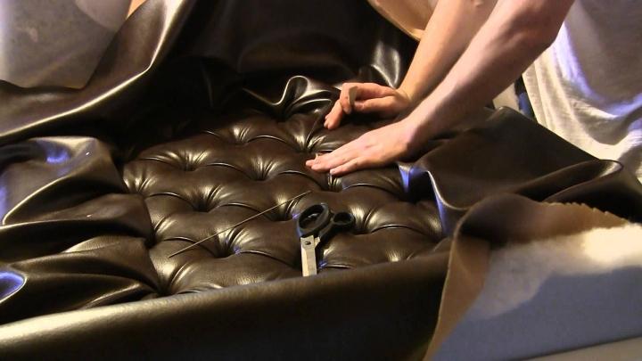 Последний этап отделки дивана