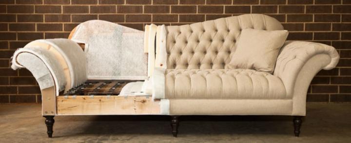 Процесс перетяжки дивана